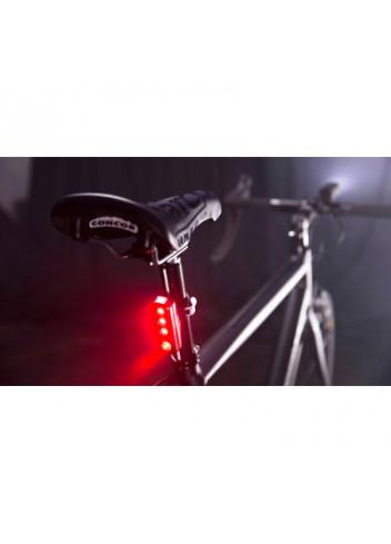 eclairage-arriere-4-leds-blinder-road-r70---knog_full_3